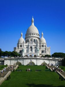 The Basilica of Sacré-Cœur, as seen from the base of the butte Montmartre. Via Wikipedia