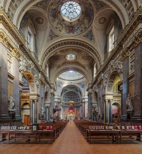 Brompton Oratory nave, looking north towards the altar. Photo by DAVID ILIFF. License: CC-BY-SA 3.0