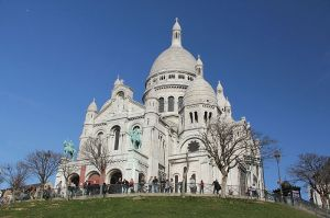 Basilique du Sacré-Cœur, Paris. Photo by Ana Paula Hirama Via Wiki Commons